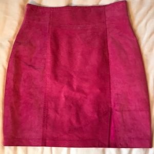 Vintage raspberry suede Danier lined mini skirt